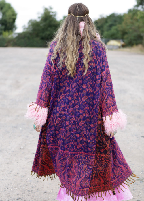 Boho Mantel mit Tibetlamm rosa