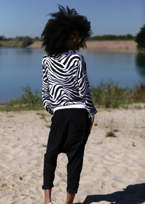Boho Sweater Zebra black white