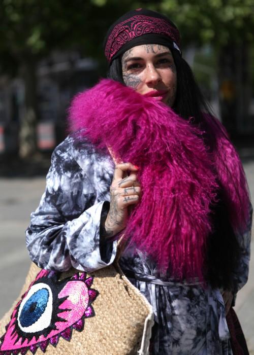 Boho Batik Mantel schwarz Hot Pink