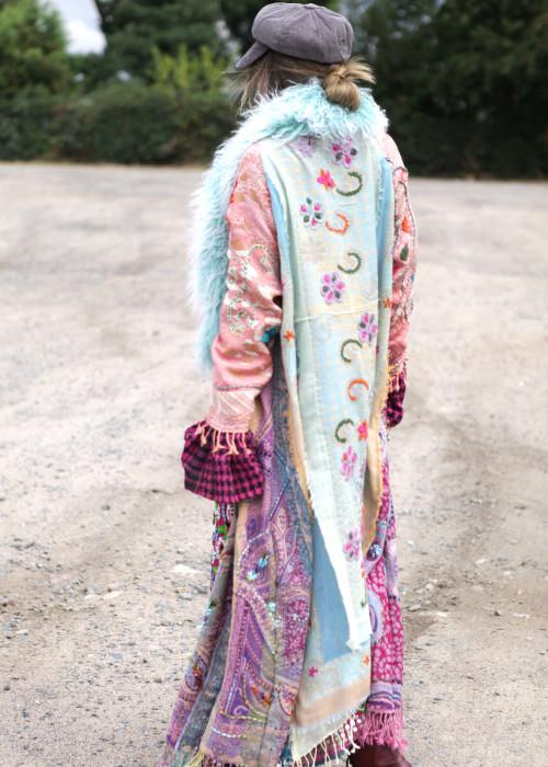 Boho Mantel mit Tibetlamm Pastell rosa-mint