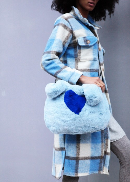 Boho Bag FAKE FUR Heart hellblau