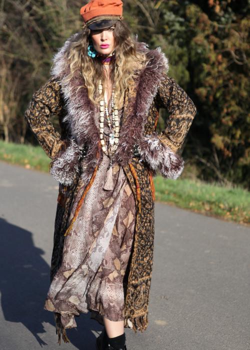 Boho Mantel mit Kapuze und Tibetlamm Paisley schwarz-rost