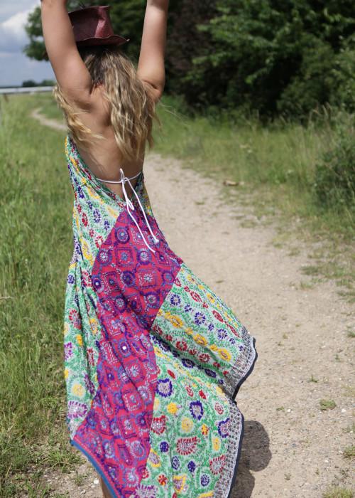 Boho Neckholderkleid Embroidery Rainbow