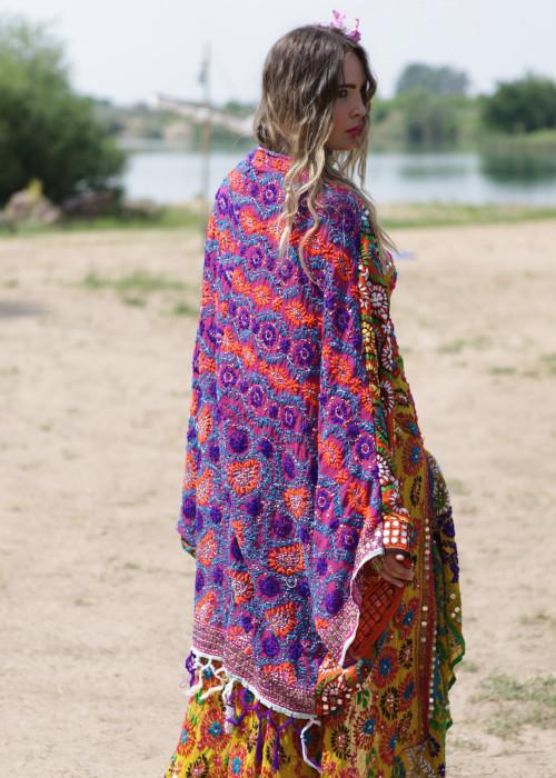 Boho Tellermantel Cape Embroidery lila