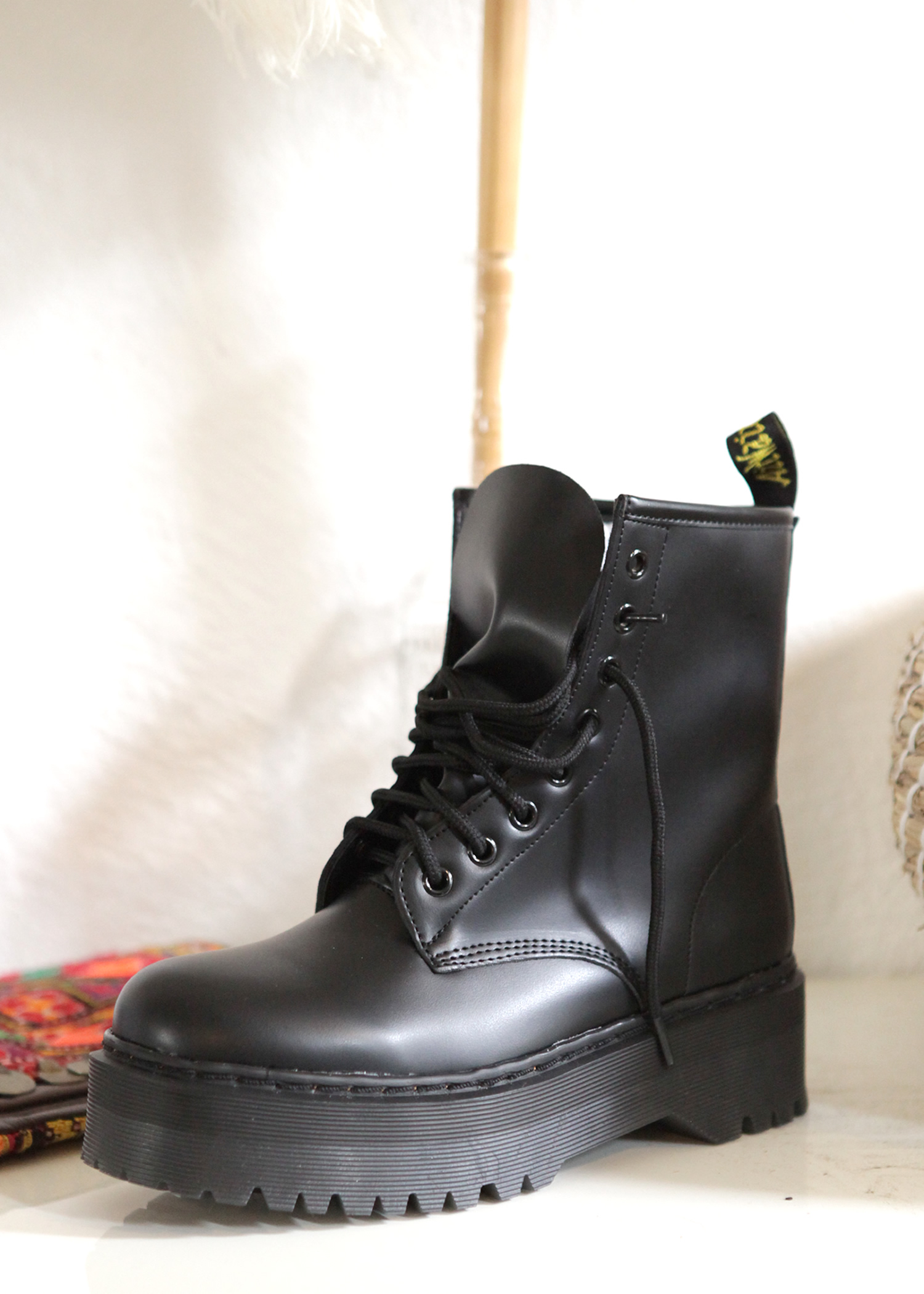 4fc940060bf BOOTS Shoes
