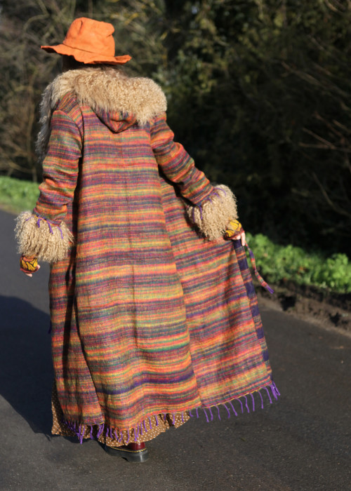 Boho Mantel mit Kapuze und Tibetlamm Strips braun beige