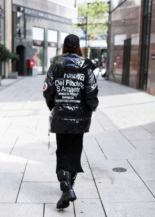 Daunen Jacke Lack schwarz