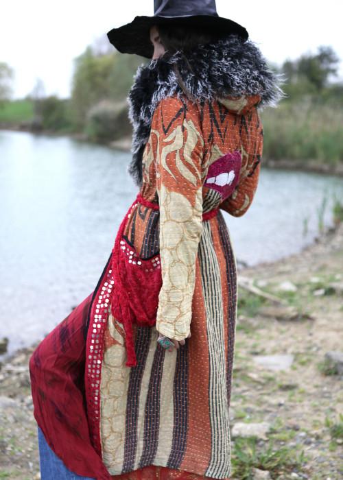 Boho Mantel Amisha Vintage Kapuze und Fell