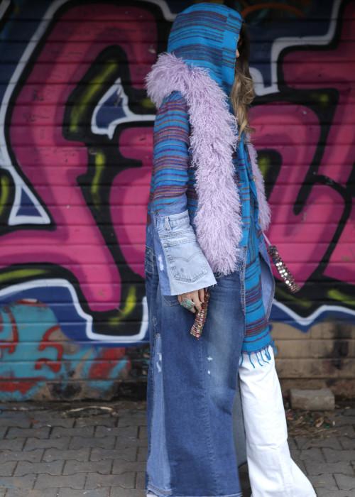 Boho Mantel mit Tibetlamm Stola Jeans Vintage Strips